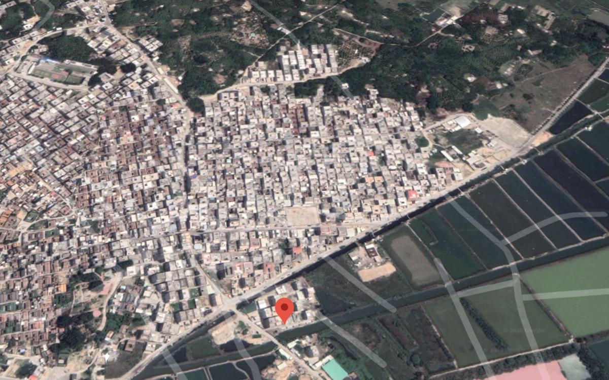 中國廣東沿海地區陸豐博社村有上萬人口,水陸路交通方便,一度成為中國冰毒製造基地。(衛星截圖)