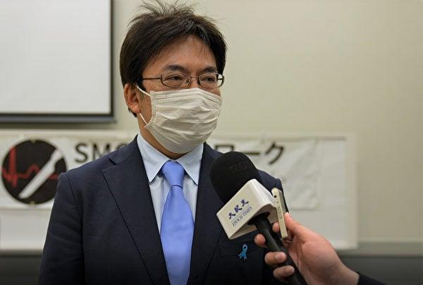 逗子市議員丸山治章說,以中國器官移植問題為主的意見書在日本各地的87議會中得以通過。(清雲/大紀元)