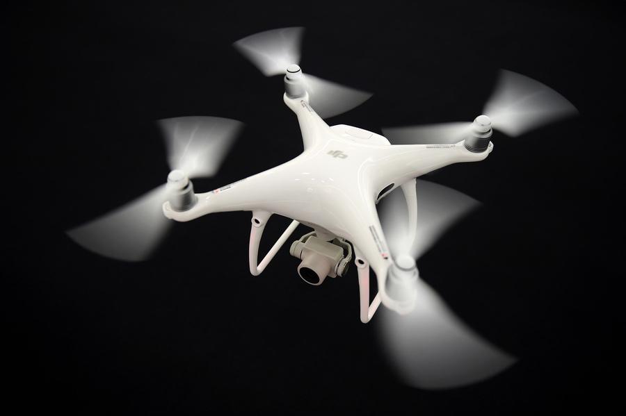 美參議員提基建法案新條款 阻購買中國無人機