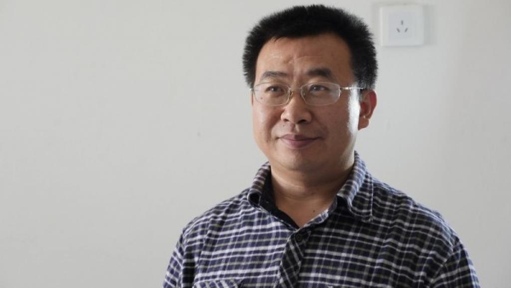 中國人權律師江天勇遭到當局迫害,出獄已有一年零八個月,仍然被嚴密監控。他的太太金變玲呼籲外界給予關注,要求中共還江天勇自由。(江天勇提供)