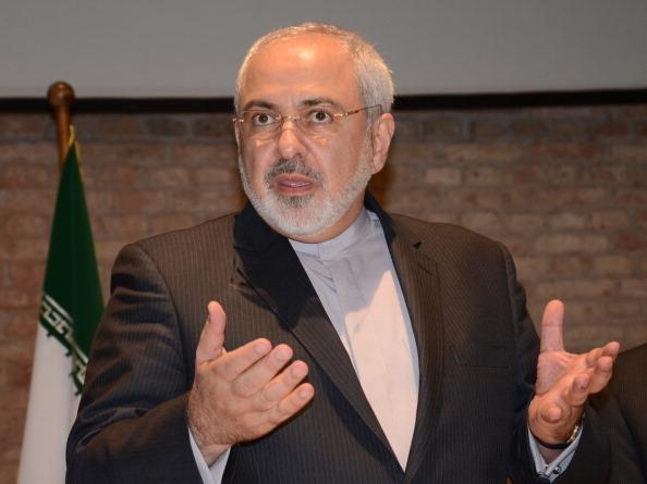 2014年7月15日,伊朗外交部長扎里夫在奧地利首都維也納的記者會上,陳述伊朗的核計劃。(Hasan Tosun/Anadolu Agency/Getty Images)