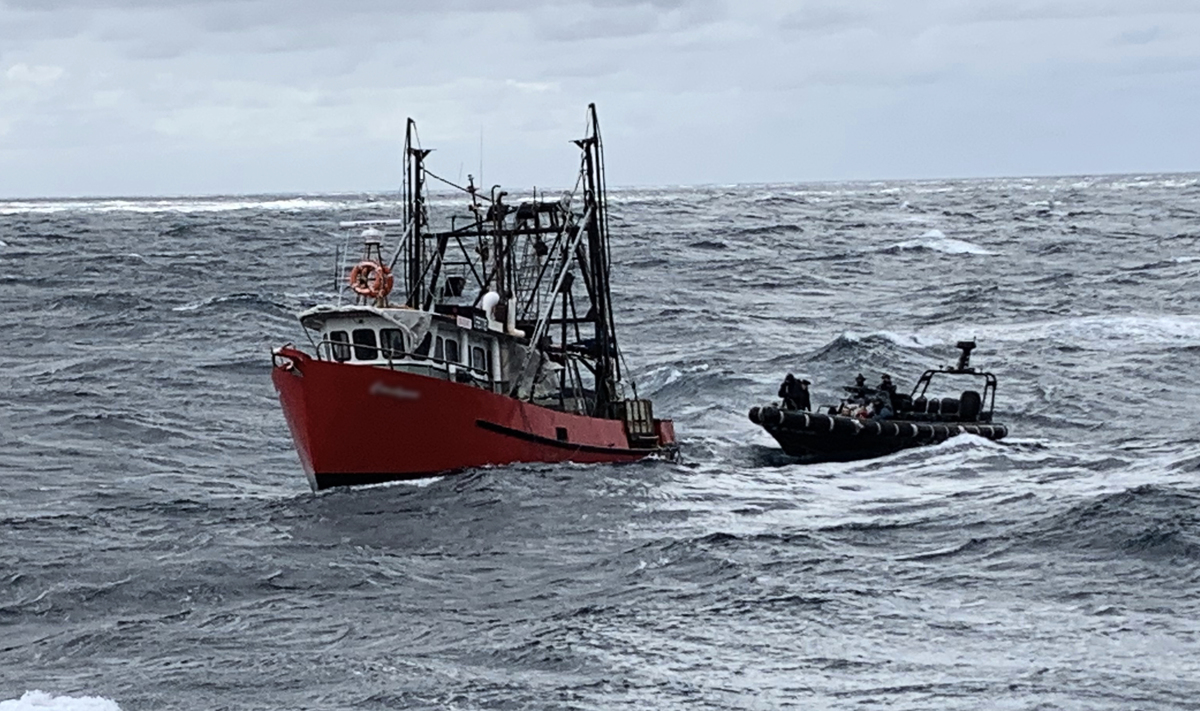厄瓜多爾官方證實,今年中國漁船規模更大,掠奪漁業資源,目前已離開厄瓜多爾前往秘魯。(ABF)