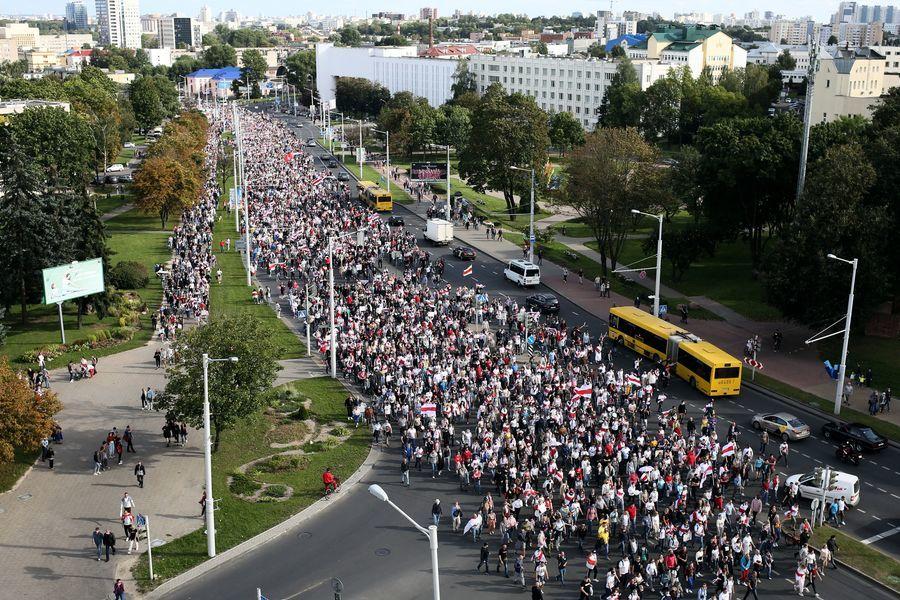 組圖:白俄羅斯抗爭第5周 10萬人籲總統下台