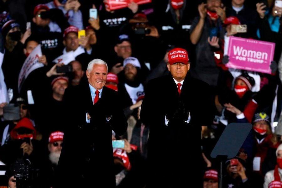 奮力衝刺 特朗普拉票一直到大選當天凌晨
