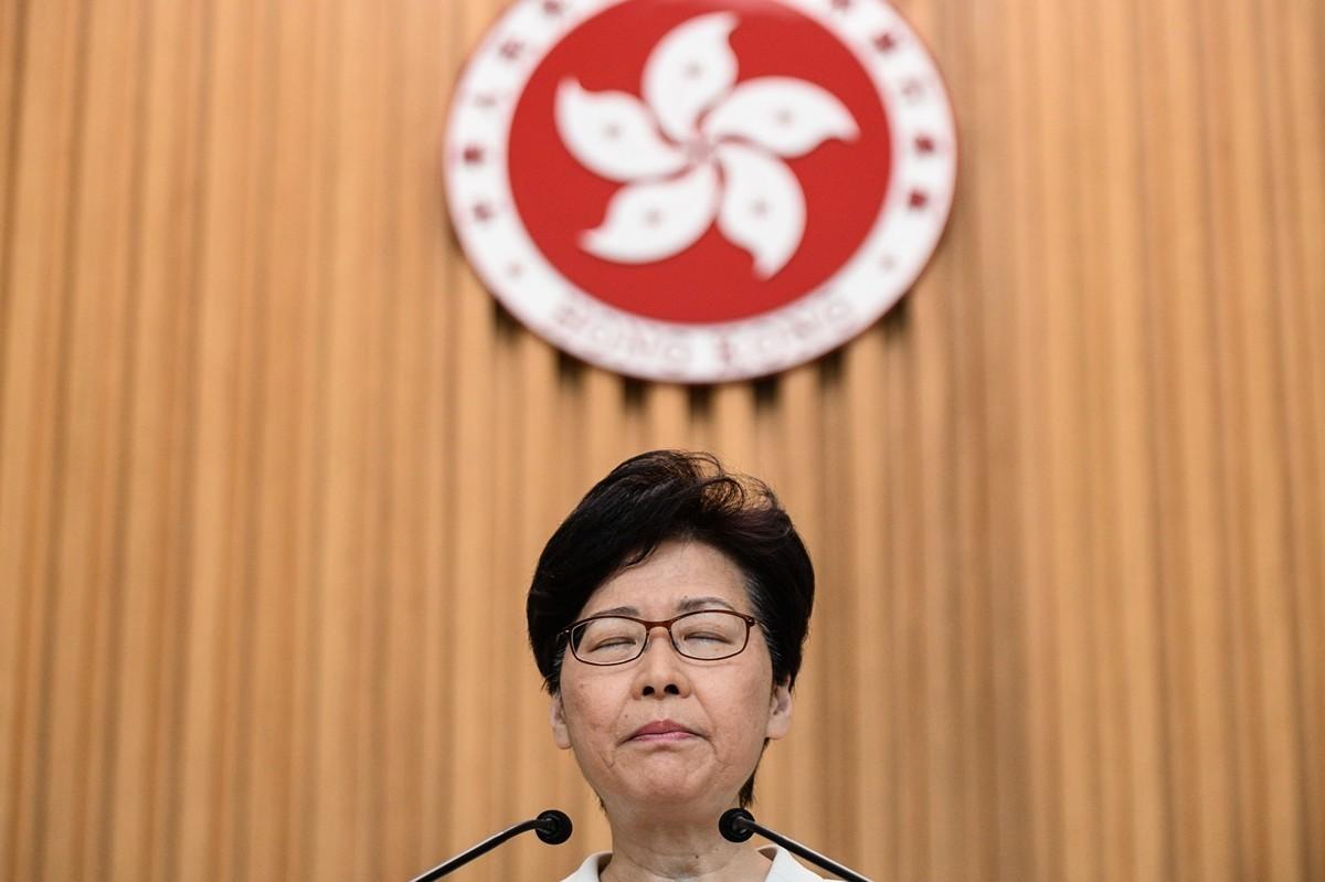 香港港首林鄭月娥9月3日承認路透社披露的錄音,但卻表示自己從未向北京提出要辭職,引發熱議。(PHILIP FONG/AFP/Getty Images)