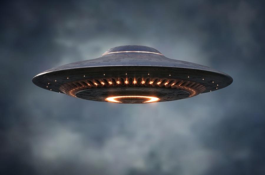前情報總監:五角大樓將公開更多UFO信息