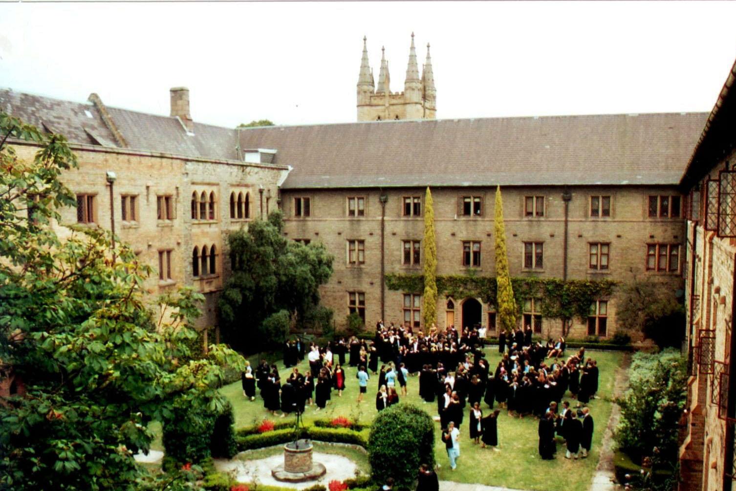 近日,澳洲紐省議會發佈了紐省高等教育未來發展的調查報告,再度聚焦中共對對紐省各大學的干預和滲透。圖為悉尼大學校園。(Cancta Quad/大紀元)