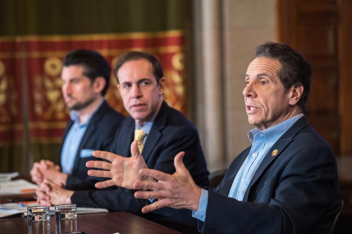 紐約州長庫默2020年4月20日再次升級限制,要求非基本服務行業的員工100%要待在家裏工作。(州長辦公室)