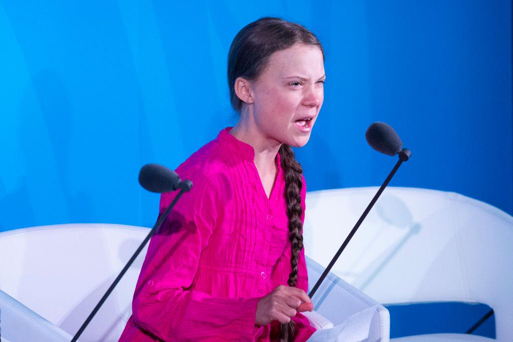 16歲的瑞典女孩格瑞塔(Greta Thunberg)在聯合國峰會上聲色俱厲的發言引起軒然大波。(JOHANNES EISELE/AFP/Getty Images)