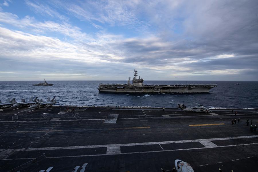 雙航母軍演後 美軍機飛越台海 沿南海偵查