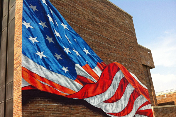 紐約畫家Scott Lobaido所畫的美國國旗油畫。(Scott Lobaido)