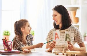 教小孩子學會閱讀的7個簡單策略