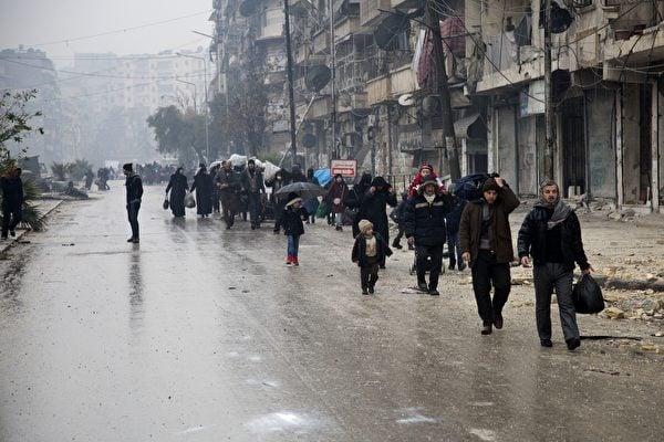 敘政府控制阿勒頗東區 反抗軍及平民撤離