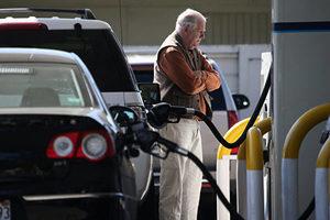 美油價上漲 專家:拜登政策或加劇漲價