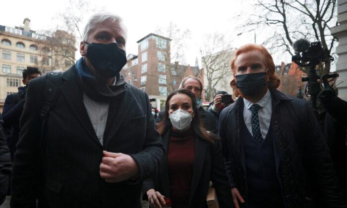 英倫敦法庭拒絕阿桑奇保釋請求 指他有潛逃風險