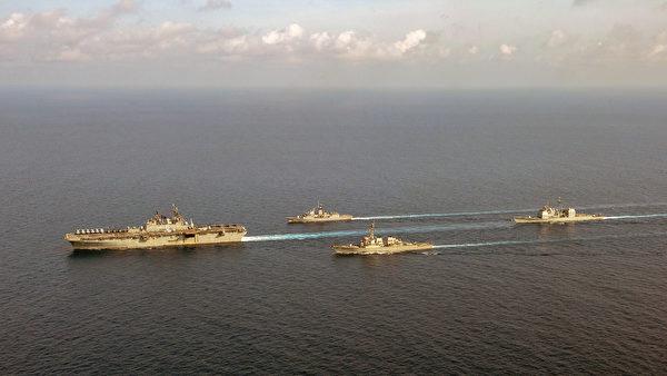 4月18日,兩棲攻擊艦美利堅號(LHA 6),與澳洲的巡洋艦帕拉馬塔號(FFH 154)、美軍逐艦貝瑞號(DDG 52)和巡洋艦邦克山號(CG 52)在南海共同演練。(美國印太司令部)