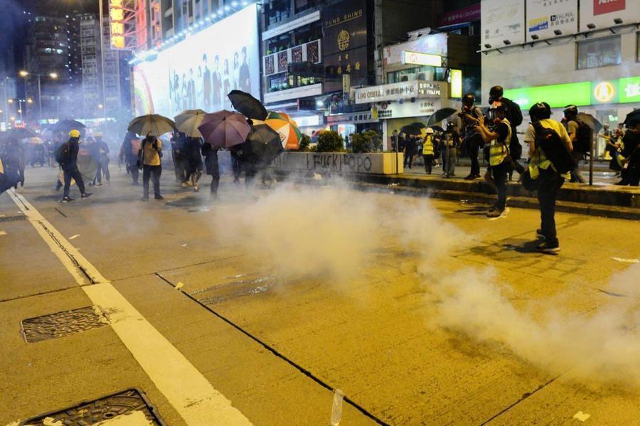 組圖:9.6旺角警民對峙 警放催淚彈清場