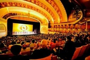 芝加哥演出滿場落幕 藝術精英向神韻致敬