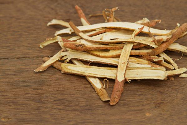 甘草加上黑豆或綠豆,才具有解藥毒的奇效。(Shutterstock)