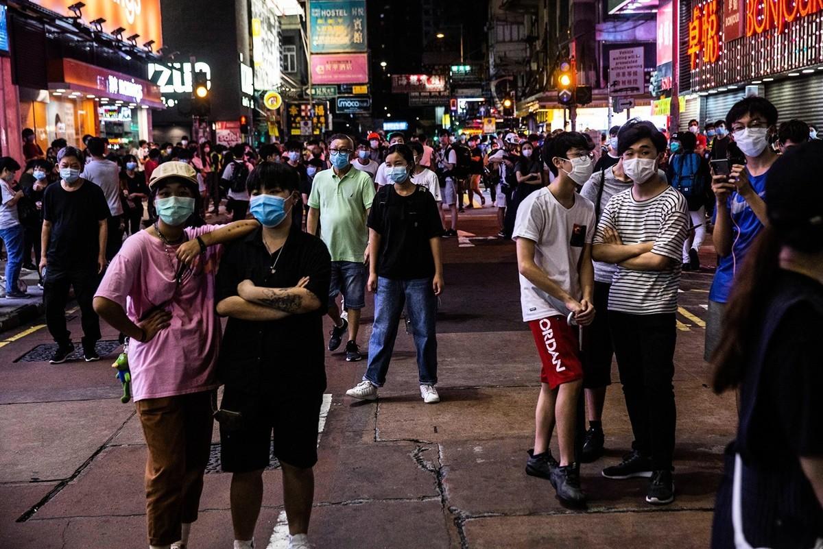 2020年5月10日,香港市民在商場等地抗議。(ISAAC LAWRENCE/AFP via Getty Images)
