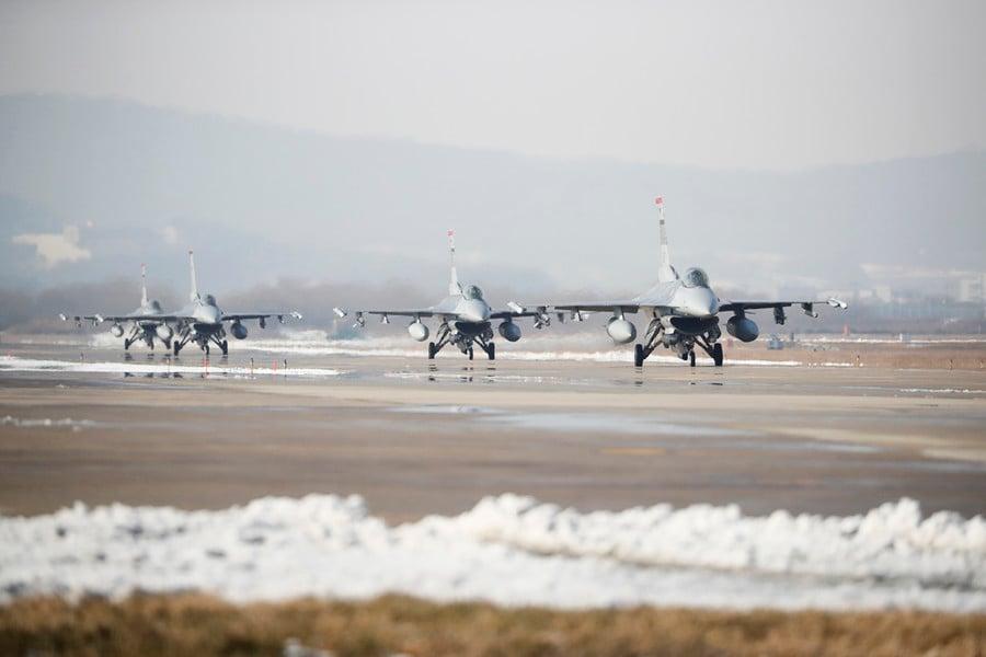 共機頻擾台 美台討論提前交付66架F-16V戰機