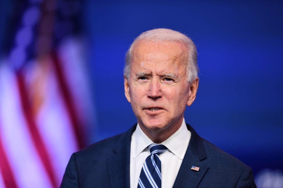 2020年11月10日,民主黨總統候選人祖拜登(Joe Biden)在特拉華州威爾明頓王后會議中心(Queen in Wilmington)致辭。(ANGELA WEISS/AFP via Getty Images)