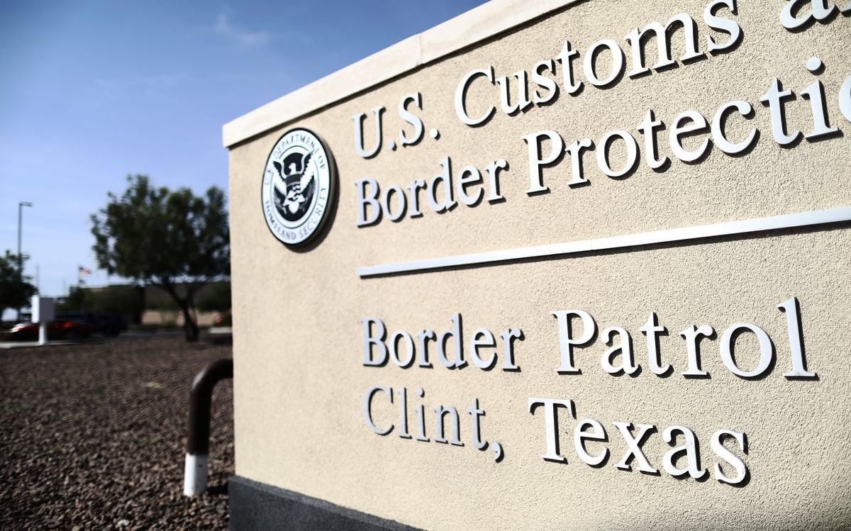 2019年6月26日,美國德薩斯州克林特的海關和邊境保護局(CBP)巡邏站。(Mario Tama/Getty Images)
