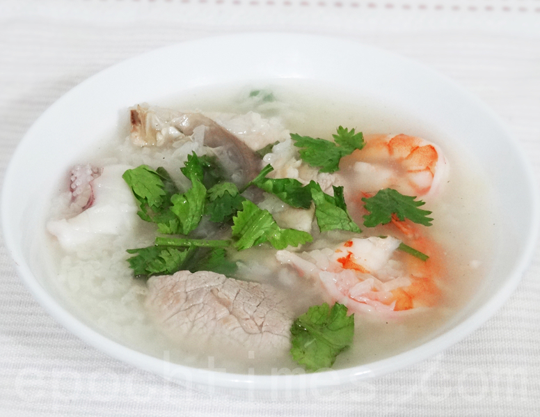 早餐吃一碗鮮美爽口的熱粥暖胃熱身(彩霞/大紀元)