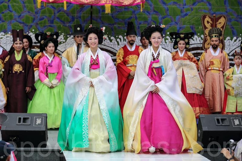 韓國傳統文化節 宮廷韓服華麗登場