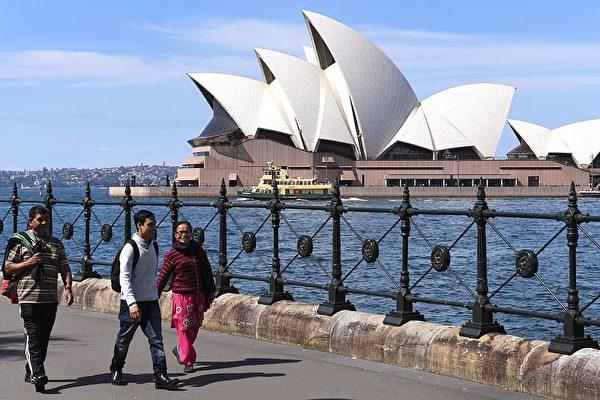 澳發放十年多次往返簽證 中國公民獨享