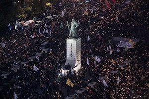 要求朴槿惠下台 首爾五十萬民眾走上街頭