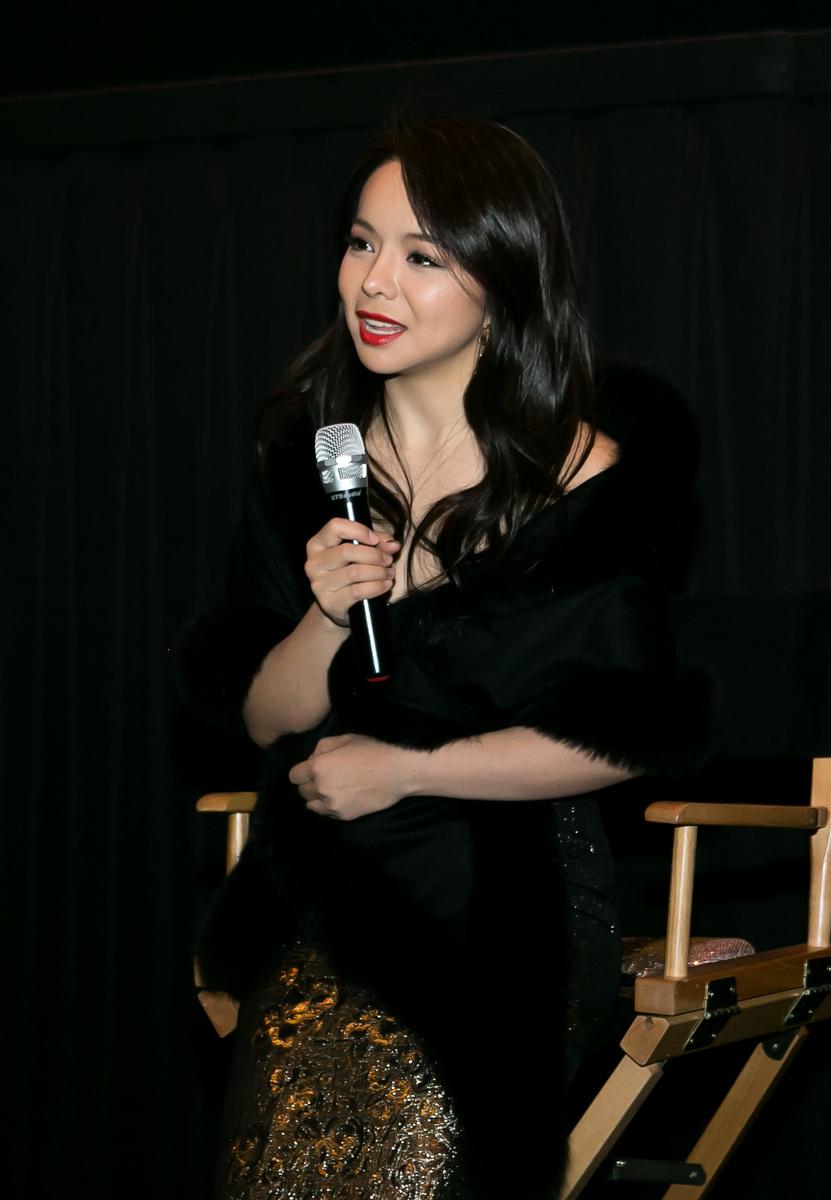 《血刃》主演林耶凡在華盛頓D.C.首映禮上回答觀眾問題。(李莎/大紀元)