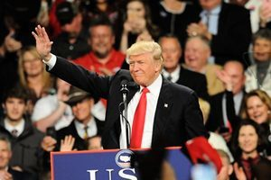 特朗普讚新駐華大使 稱中美關係將改善