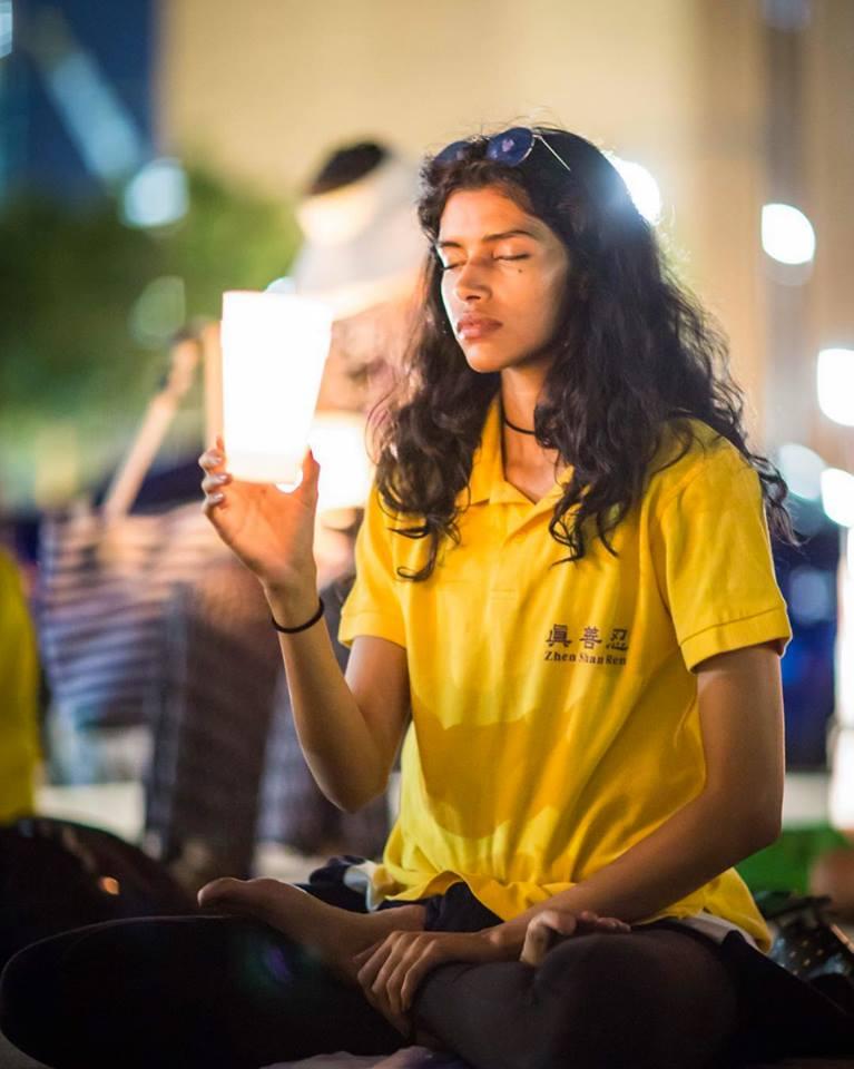 Pooja Mor參加7·20反迫害燭光夜悼活動。(Michael Mahonen/Facebook)