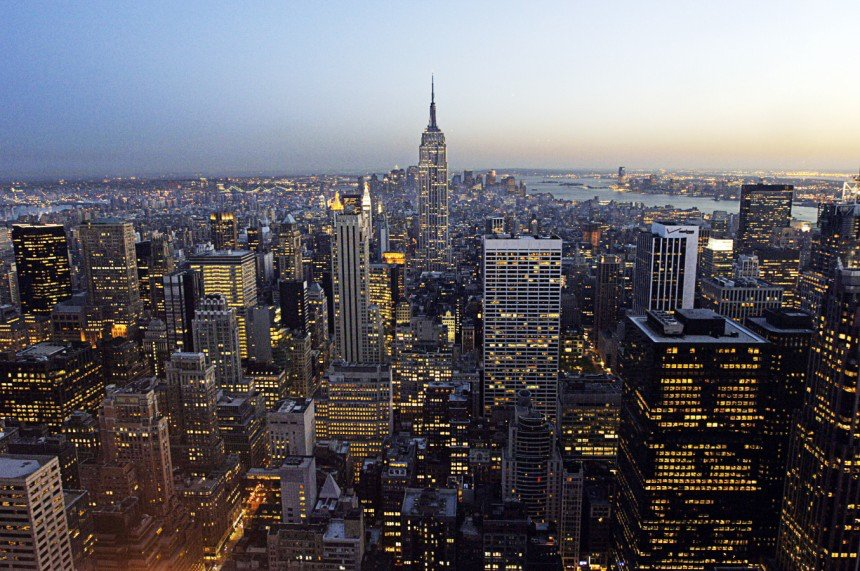 紐約擠下倫敦 躍居全球金融中心龍頭