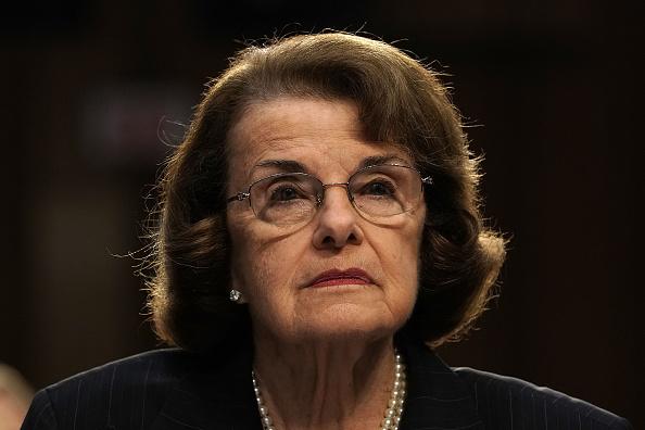 中共情報機構曾經買通美國參議員范士丹加州辦公室的一名僱員。圖為范士丹(Dianne Feinstein)。(Alex Wong/Getty Images)
