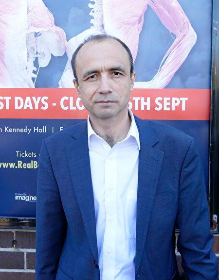 澳洲維吾爾人協會主席艾拉(Mamtimin Ala)在發佈會上表達了對維吾爾人處境的擔憂。維吾爾人大量被關押,也是潛在的器官和塑化人體的來源。(安平雅/大紀元)