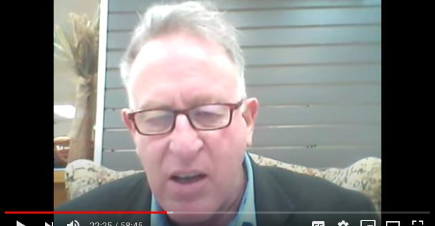 研究馬克思主義激進活動和恐怖組織的專家特雷夫‧勞登(Trevor Loudon)(影片截圖)
