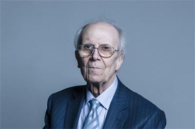 上議院議員泰比特男爵(Baron Tebbit CH PC)諾曼‧貝雷斯福德‧泰比特(Norman Beresford Tebbit)(明慧網)