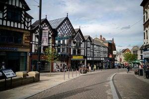 因批評中共被鎮政廳停職 英國議員替僱員鳴不平
