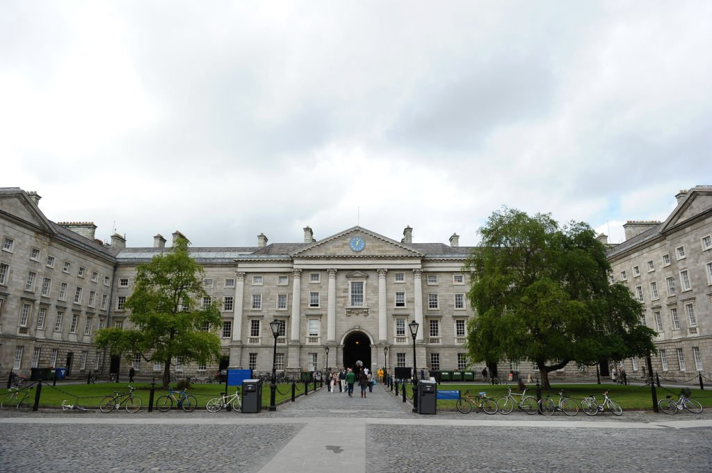 愛爾蘭聖三一大學校園。(PAUL ELLIS/AFP via Getty Images)