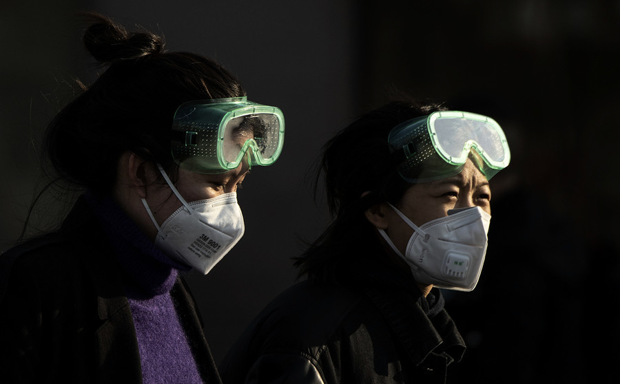 二十八歲女兒染病 母求遍全武漢醫院 心急如焚