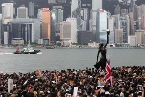 人民幣破7 香港人士:中共已無力控制經濟
