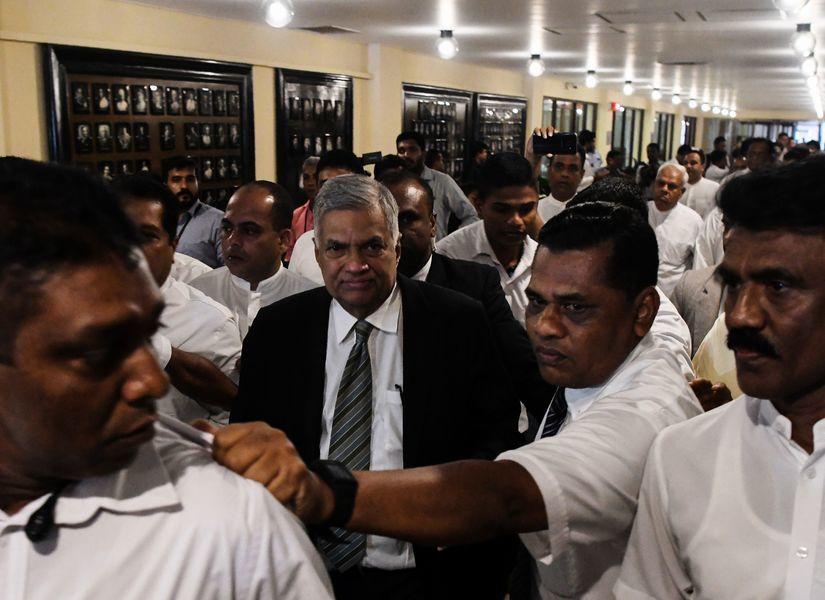 斯里蘭卡換總理陷危機 中共搶先祝賀引關注