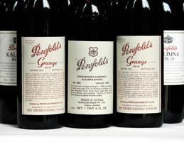澳洲簽名版1951年Penfolds紅酒創拍賣紀錄