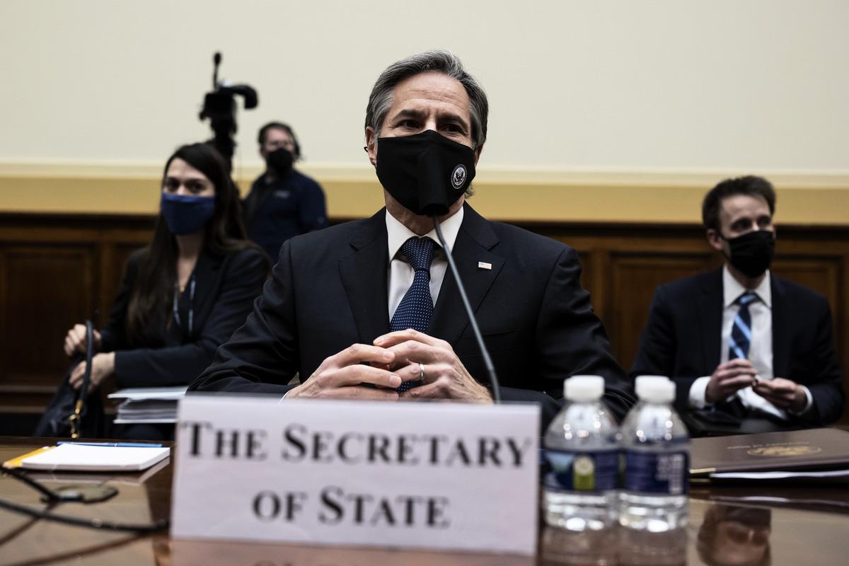 在3月10日的國會眾議院外交事務委員會的聽證會上,美國國務卿安東尼·布林肯(Antony Blinken)表示,美方將在18日的美、中外交官會晤上以「坦率的」方式向北京闡述關切話題。(Ting Shen-Pool/Getty Images)