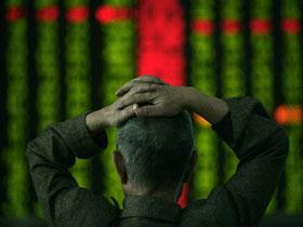 7月24日,A股三大股指大跌。(法新社/AFP)