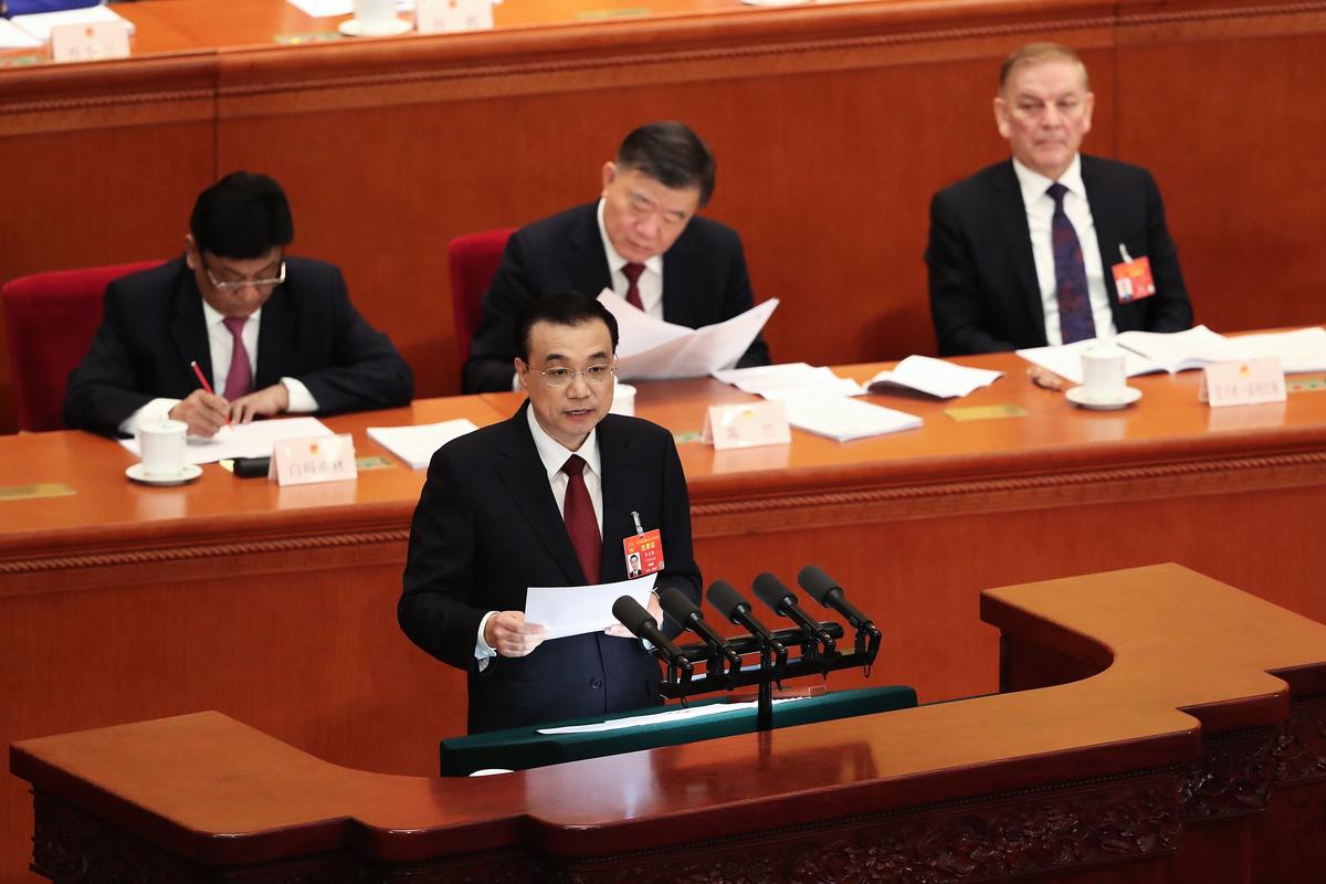 3月5日,中共國務院總理李克強在人大會議上作政府工作報告。(Andrea Verdelli/Getty Images)