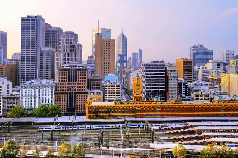國際房地產公司萊坊(Knight Frank)的2021年第一季度全球房價指數顯示,全球住宅價格上漲,澳洲房價增幅排全球第四。圖為墨爾本市區。(陳明/大紀元)