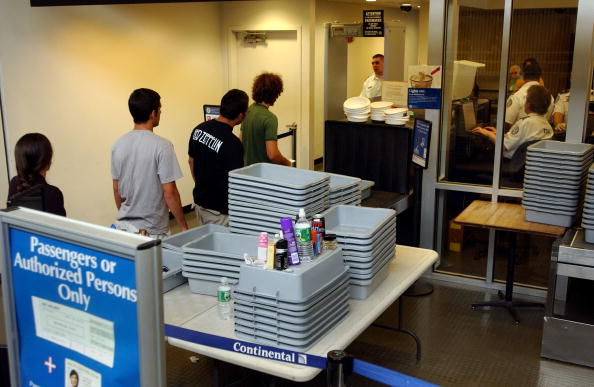 防中共肺炎傳播 美機場安檢有哪些規則改變